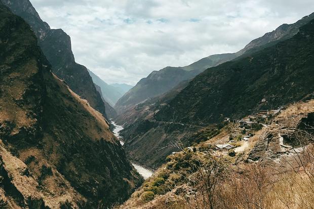 юг Китая Едем на юг Китая: Ущелье Прыгающего Тигра 5b47530702a47 620