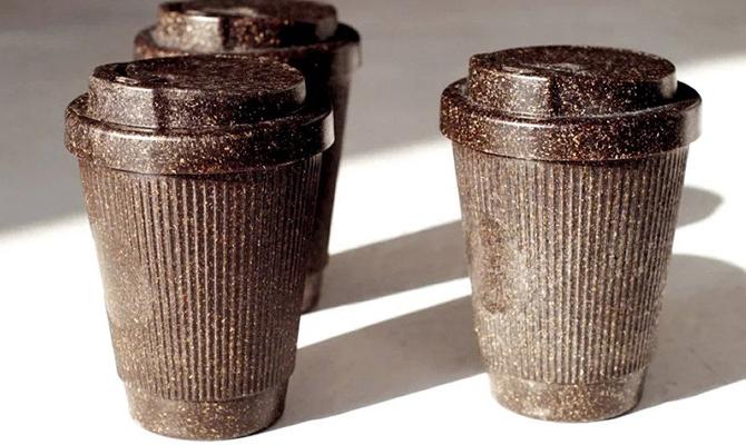 В Берлине создали чашки из кофейной гущи