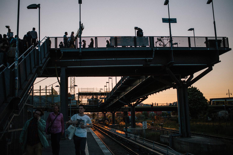 В берлине на вокзале парочка занималась сексом