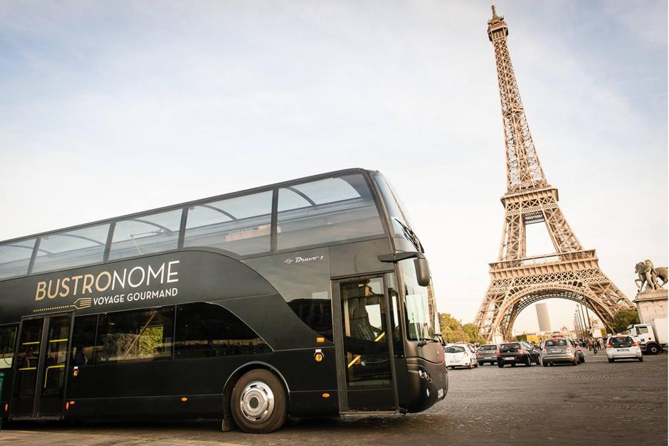 Париж картинка автобусов озеро