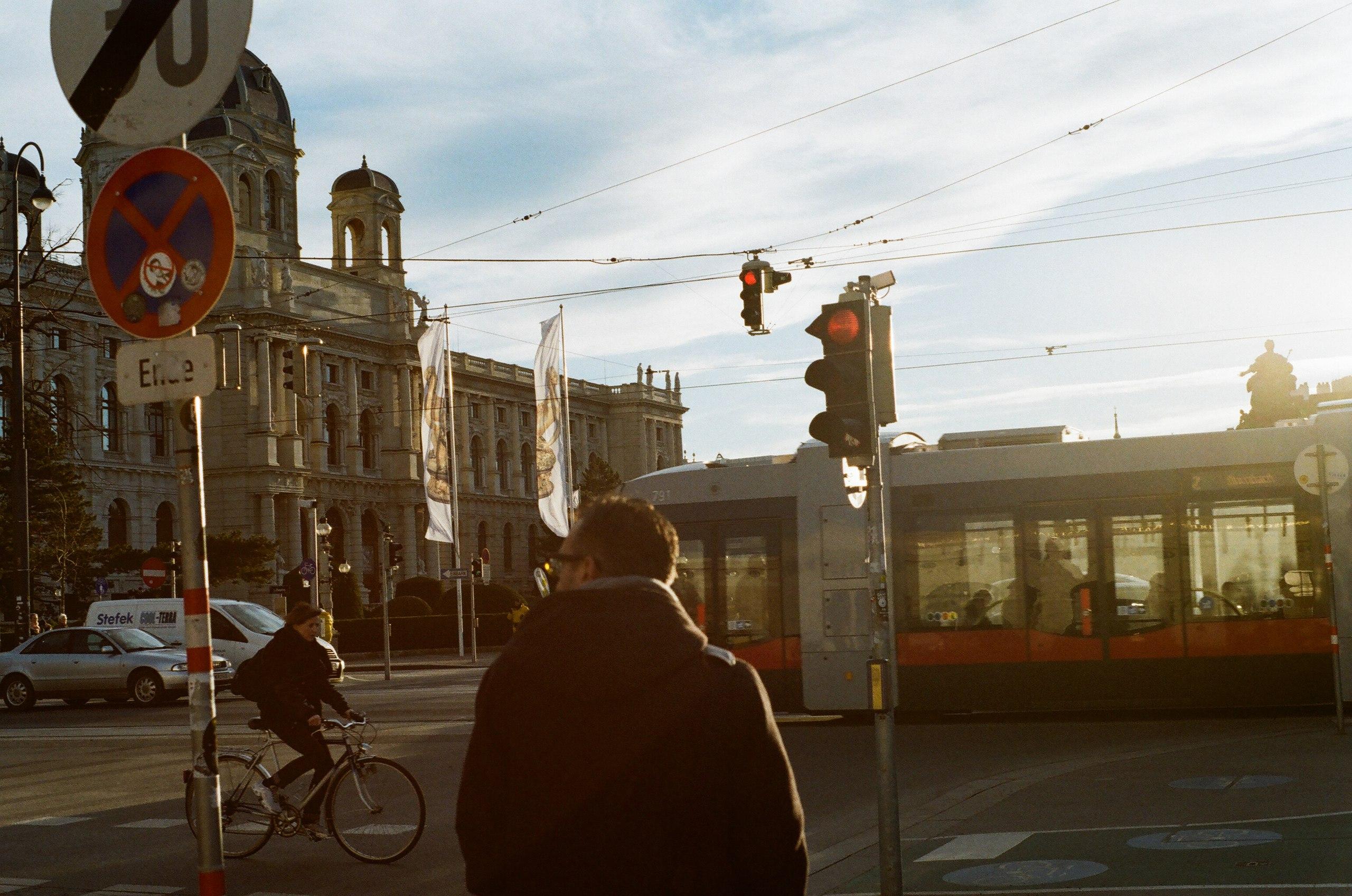 ємиграция Австрия Переехали: как жить в Австрии? DlhI4ZggHGM