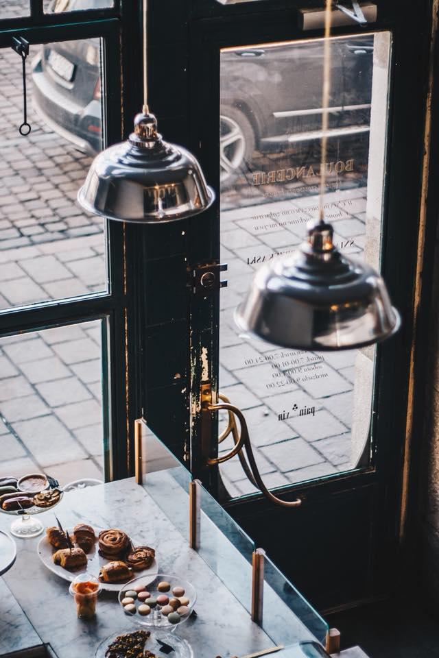 10 крутых кофеен Варшавы 10 крутых кофеен Варшавы charlotte2