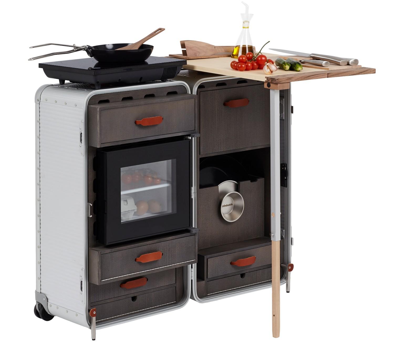 Дизайнер придумал чемоданы со встроенной кроватью и кухней Дизайнер придумал чемоданы со встроенной кроватью и кухней 04Cookstation Bank 04