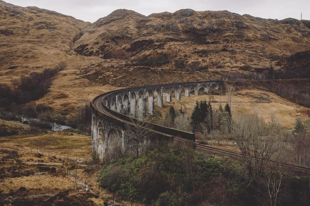 Опыты: путешествие по Англии и Шотландии hsJXVomBFc8