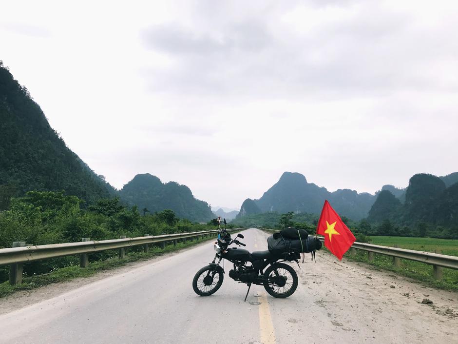 Вьетнам: на мотоцикле через всю страну Вьетнам: на мотоцикле через всю страну FullSizeRender 12 05 18 01 00 2