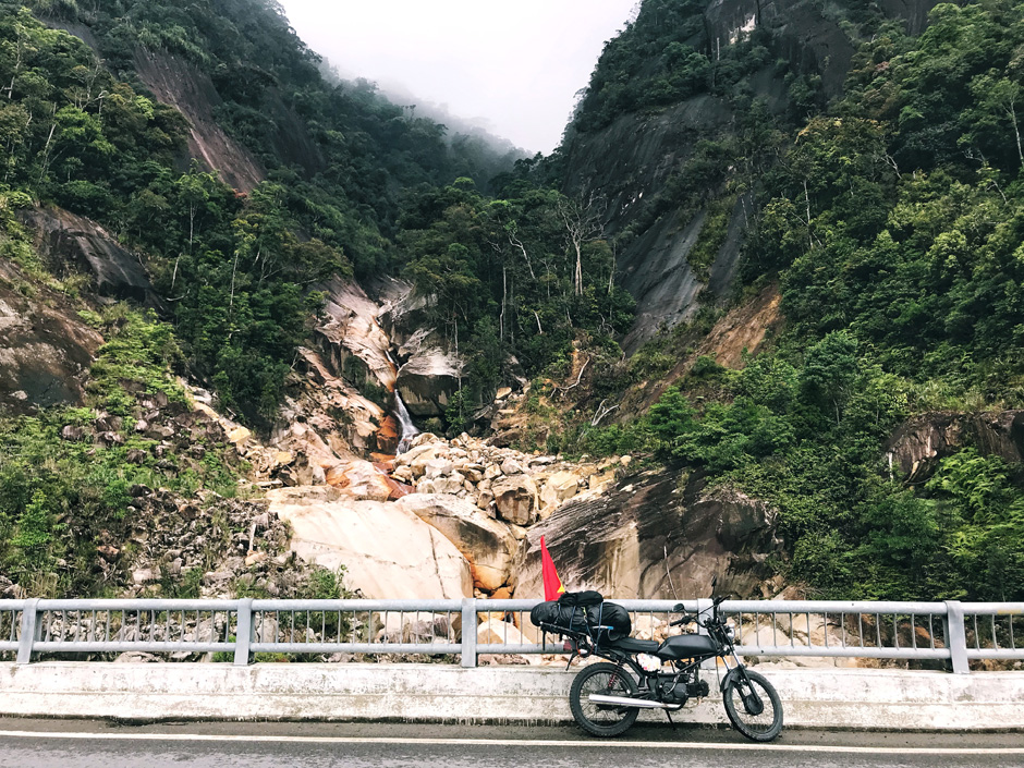 Вьетнам: на мотоцикле через всю страну Вьетнам: на мотоцикле через всю страну FullSizeRender 12 05 18 01 05 2