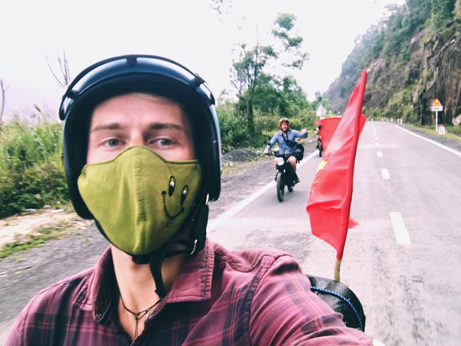 Вьетнам: на мотоцикле через всю страну Вьетнам: на мотоцикле через всю страну FullSizeRender 12 05 18 12 38 30