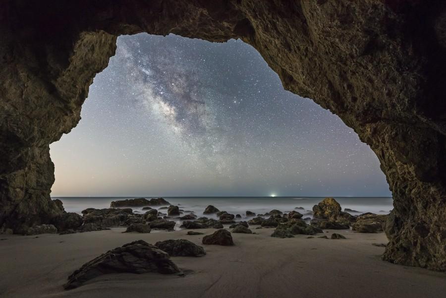 Лучшие астрономические фото года Лучшие астрономические фото года S30334 Cave 20Man 20 C2 A9 20Brandon 20Yoshizawa