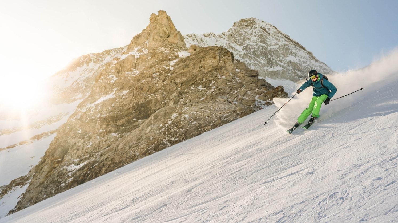 Где покататься на лыжах: гайд по курортам Европы Где покататься на лыжах: гайд по курортам Европы photo 1517660895948 131a6d6c55d7