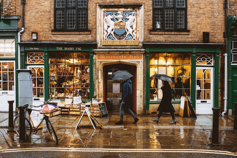 Йорк Йорк 001 merchant adventurers hall wedding photography